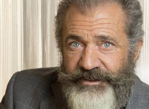 """Mel Gibson """"never discriminated against anyone"""""""