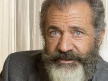 "Mel Gibson ""never discriminated against anyone"""