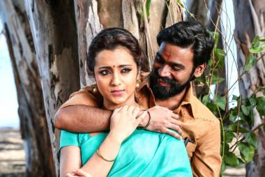 'Kodi' film review: a cracker for Dhanush fans
