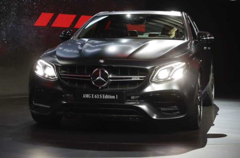 copy-of-la-auto-show-mercedes-benz-jpeg-69a87