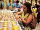 UAE gold prices sink to near 17-month low