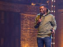 Michael Che takes on 'All Lives Matter'