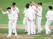 Fired-up Southee rocks Pakistan late in the day
