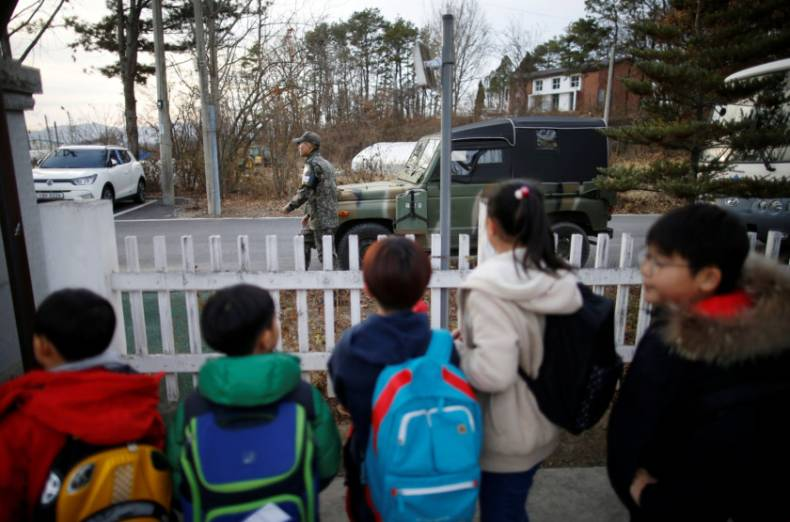 copy-of-2016-11-25t120323z-1557807180-s1aeuowarbaa-rtrmadp-3-southkorea-border-school