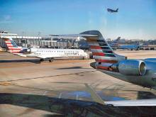 US airlines worry over wages as a load factor
