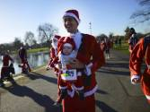 Thousands join in charity 'London Santa Dash'