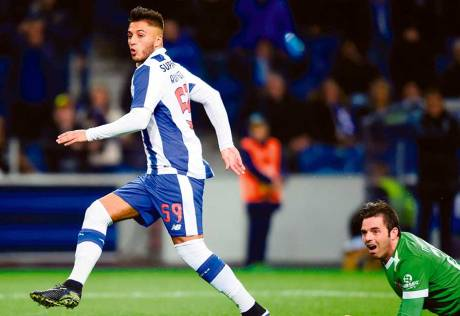 Porto know anything but a win could let in Danes
