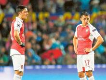 Wenger insists Sanchez and Ozil are not for sale