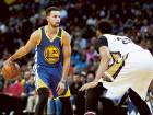 Curry outduels Davis to take Cavaliers home