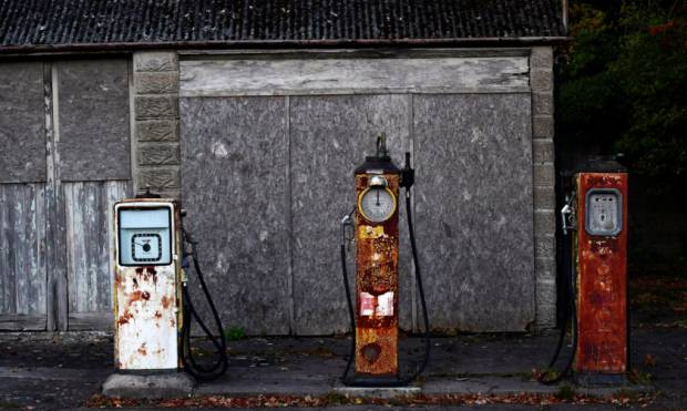 Copy of 2016-12-14T140049Z_125458001_RC1262DEC500_RTRMADP_3_BRITAIN-GASOLINE-STATIONS