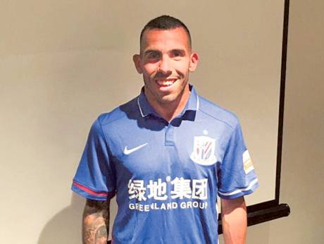 Tevez signs reported Dh2.7 million per week deal