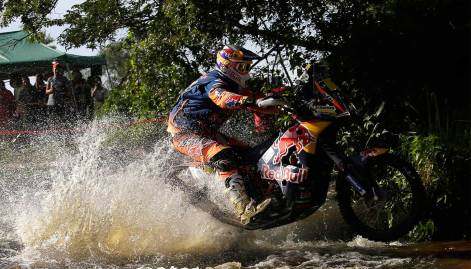 In Pictures: Day 1 of  Dakar Rally 2017