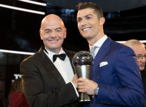 Pictures: Ronaldo wins FIFA best player award