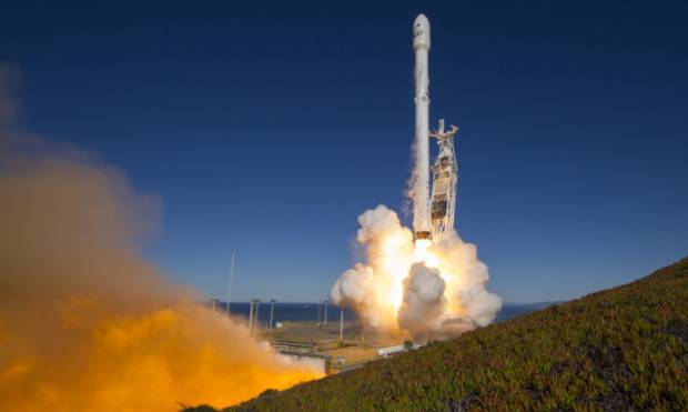 Copy of SpaceX_Launch_27922.jpg-d8cfd
