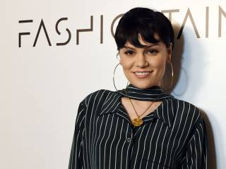 Watch: Jessie J on going to school with Adele