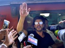 Shah Rukh on fan death: 'Extremely unfortunate'