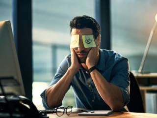 9 fun ways to tackle the job boredom