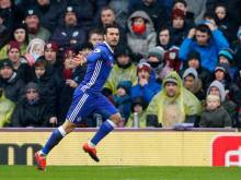 Chelsea draw with Burnley to extend lead