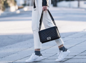 11 ways to wear white sneakers