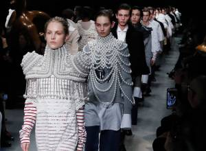 Burberry Spring 2017 show at London Fashion Week