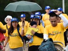 12,000 join Dubai walk to help cancer patients