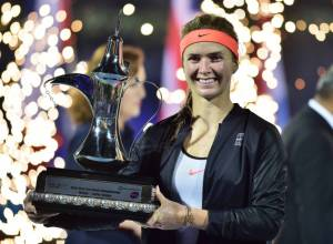 Svitolina breaks into top 10 with Dubai win