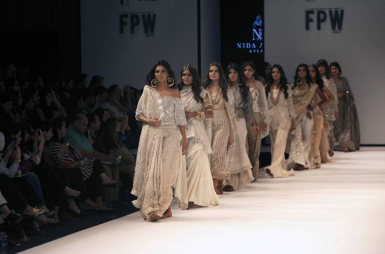 copy-of-pakistan-fashion-week-01094-jpg-2e489