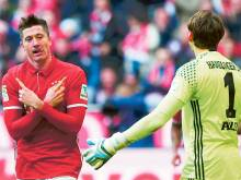 Lewandowski leads Bayern rout against Hamburg