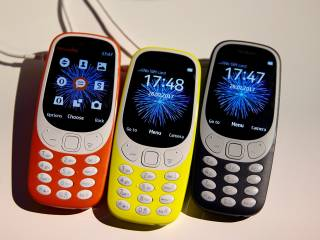 Nokia 3310 is back — and so is 'Snake'