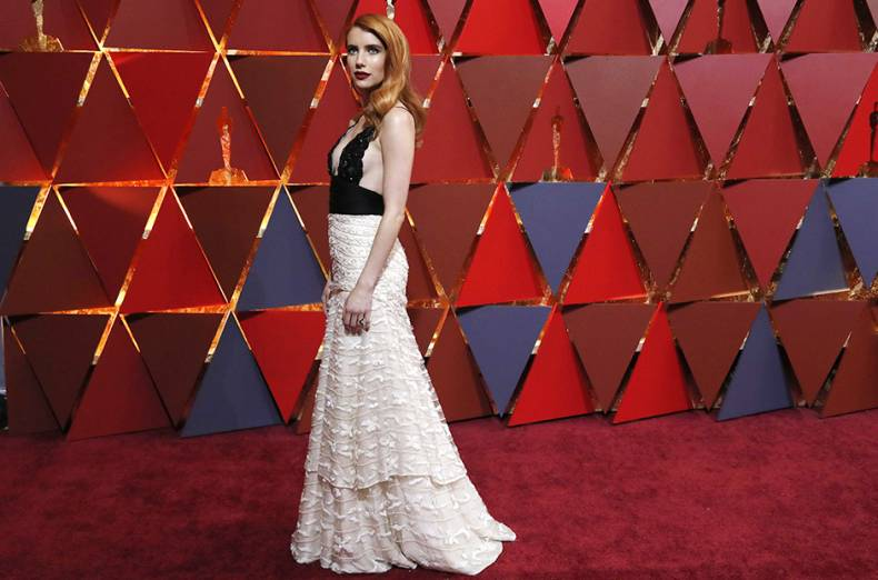 actress-emma-roberts-arrives-at-the-oscars-red-carpet