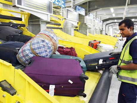 new baggage rules in force at dubai airport. Black Bedroom Furniture Sets. Home Design Ideas