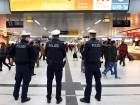 Axe attacker wounds 9 on German train station