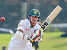 Bangladesh openers, bad light keep Lanka at bay