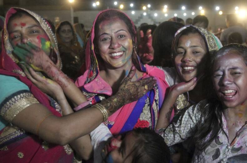 copy-of-pakistan-holi-festival-92205-jpg-baf18