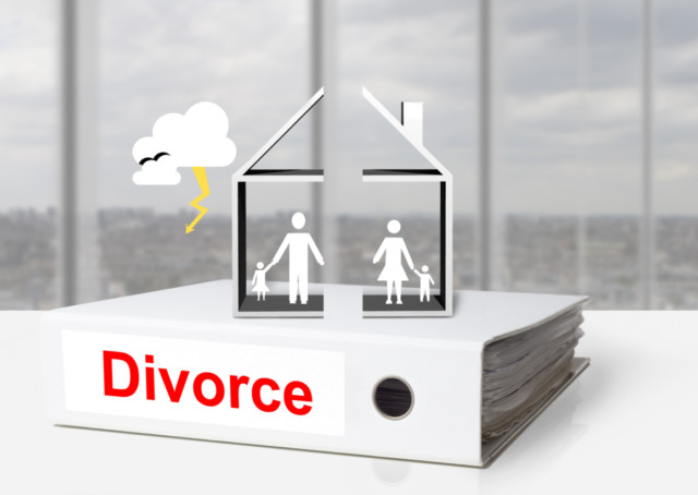 PW_170315_legal_divorce_shutterstock