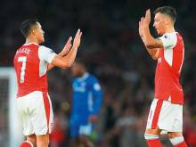 Sanchez and Ozil Arsenal talks put on hold