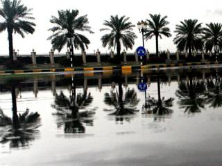 Thundershowers continue to pound UAE