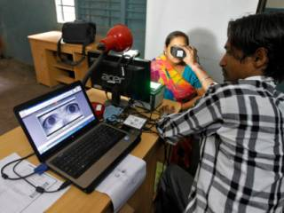 Why Indians should worry about 'Aadhaar'