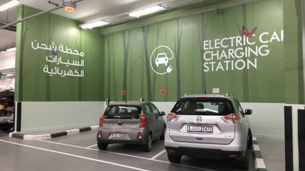 Charging Challenges Carmakers Switch On Electric Possibilities In
