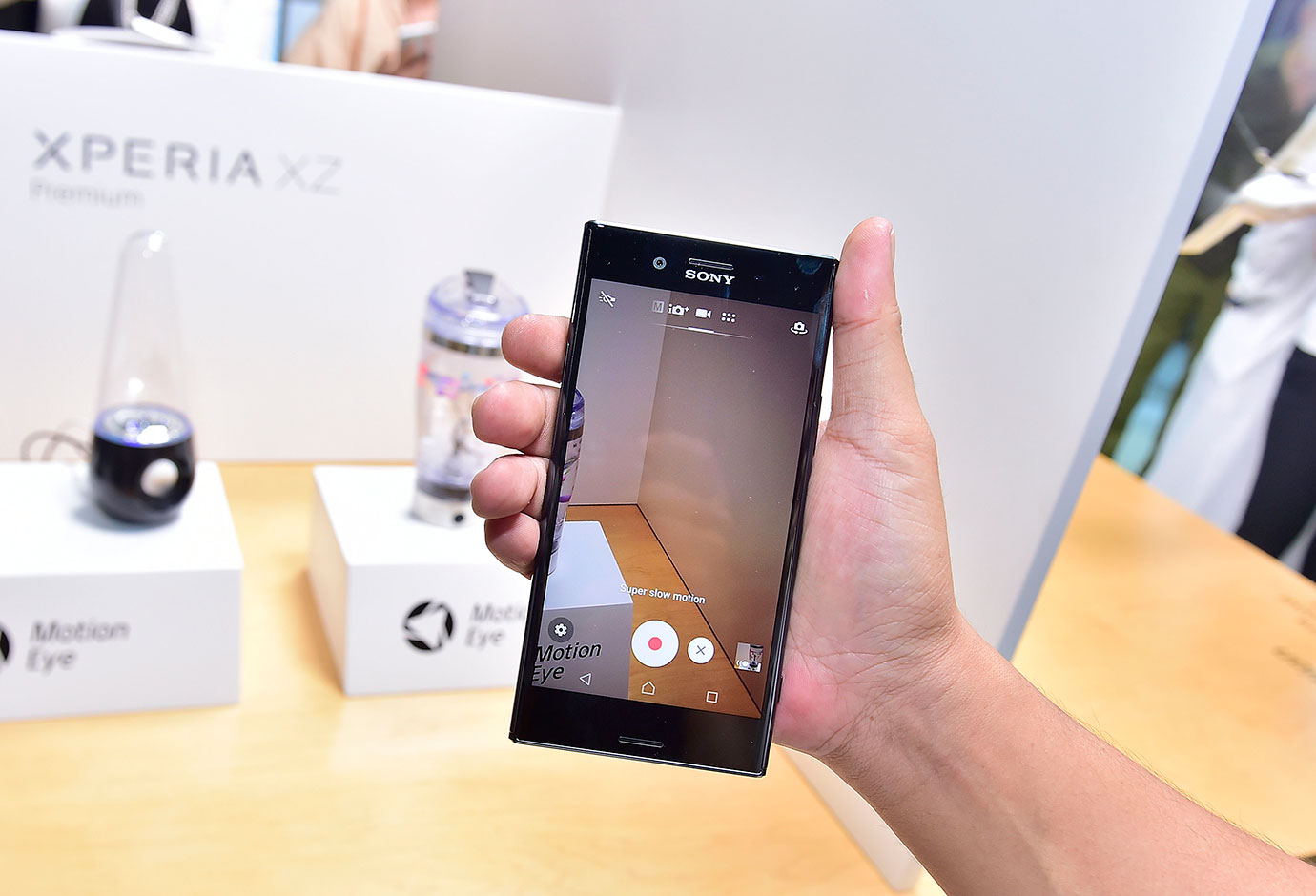 The dinamic Sony Xperia XA1 is out for $ale…