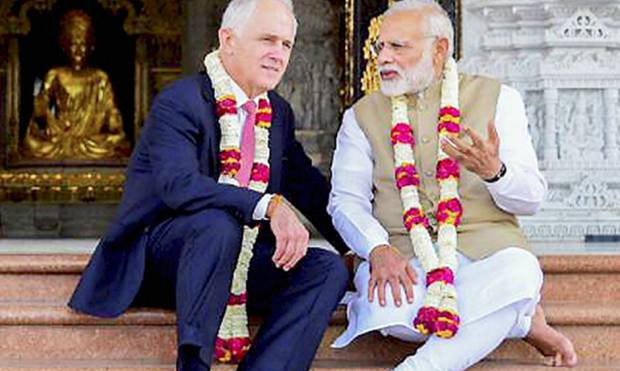 Narendra Modi and his Australian counterpart Malcolm Turnbull during their visit to the Akshardham T