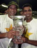 April 17, 2002: Pakistan win Sharjah Cup