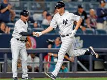 Bird learns to fly again as Yankees extend run