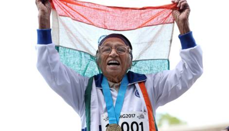 101-year-old Man Kaur wins gold medal