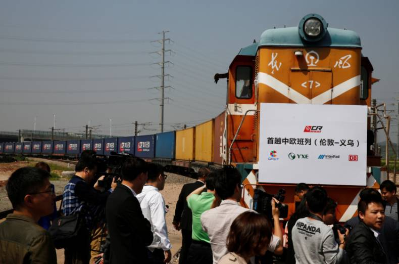 copy-of-2017-04-29t052951z-452236027-rc1522945230-rtrmadp-3-china-silkroad-train