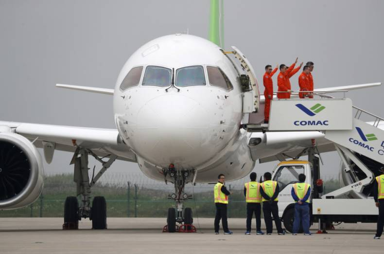 copy-of-aptopix-china-new-jetliner-24257-jpg-1ce05