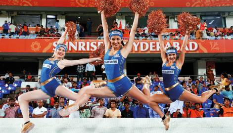 Pictures: Hyderabad crush Mumbai in IPL