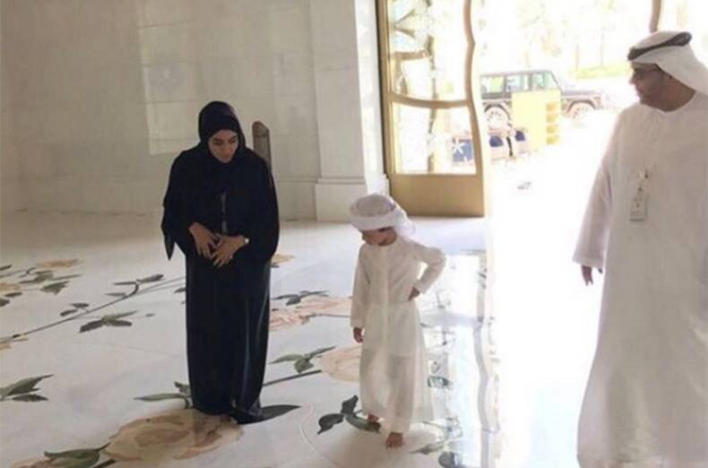 little-shaikh-zayed-during-his-visit-to-the-shaikh-zayed-grand-mosque-in-abu-dhabi