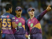 Pune captain Smith left in awe of Dhoni's knock