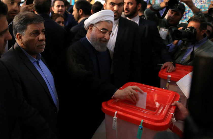 Copy of 2017-05-19T055713Z_1920632099_RC199D1D6BB0_RTRMADP_3_IRAN-ELECTION